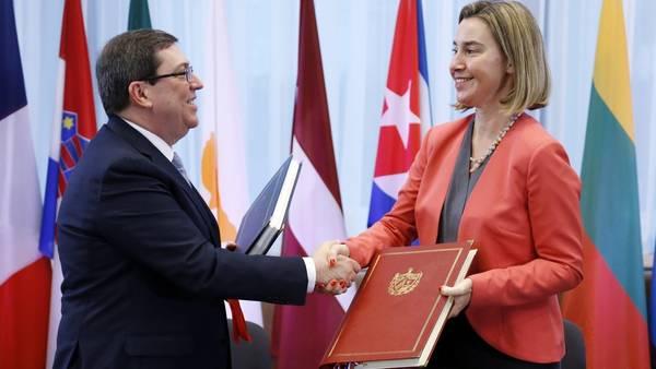 Europa normaliza relaciones con Cuba tras 20 años de bloqueo Federica-Mogherini-Exteriores-Rodriguez-EFE_CLAIMA20161212_0097_28