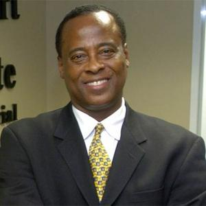 MY THEORY: When you have eliminated the impossible, whatever remains, however improbable, must be da troot - Page 4 Conrad_murray_1111190