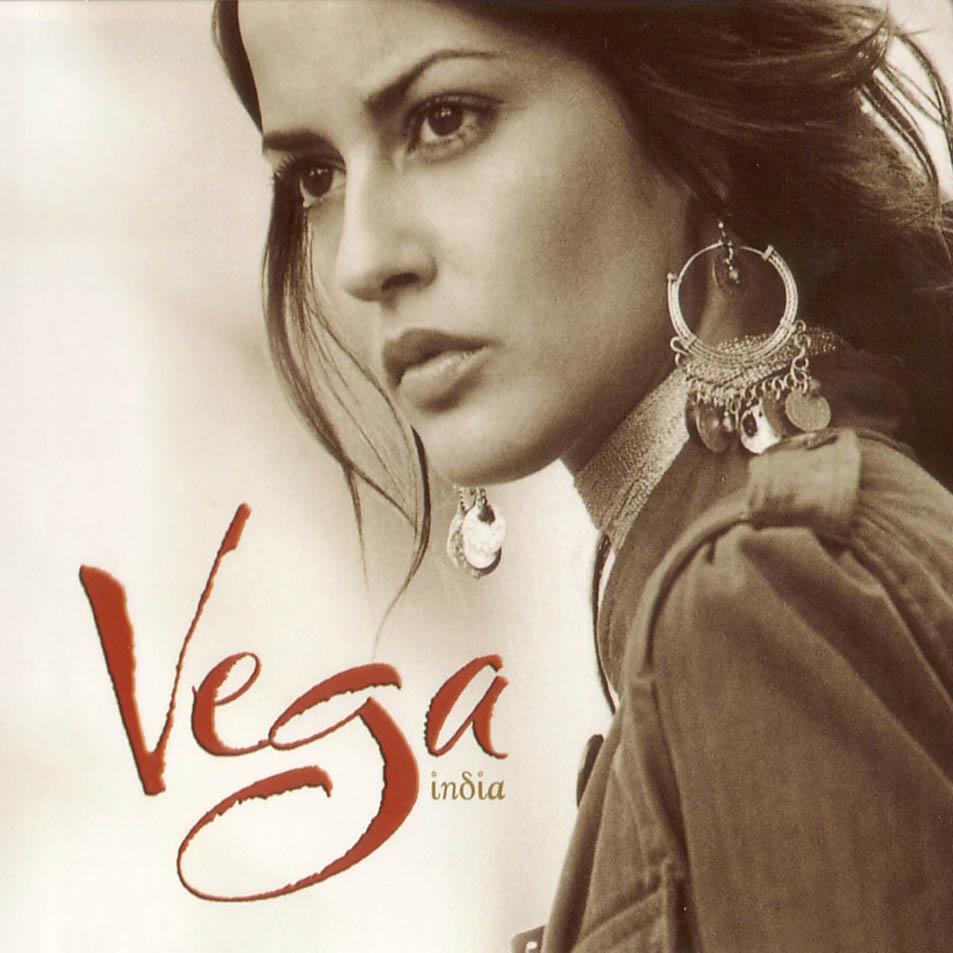 Destripando las canciones de Vega. Vega-India-Frontal