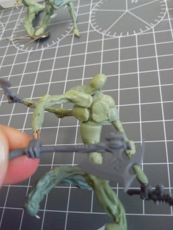 Sculpting Grotesques - Young Haemonculus needing fleshwork tips! 691860_sm-Grotesque