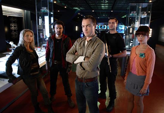 Primeval figures 550w_tv_primeval_series_4_cast
