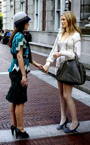 Blake Lively and Leighton Meester - Page 3 293.meester.lively.lc.101608