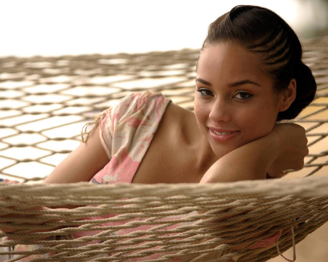 Alicia Keys Alicia-Keys-alicia-keys-432001_1280_1024