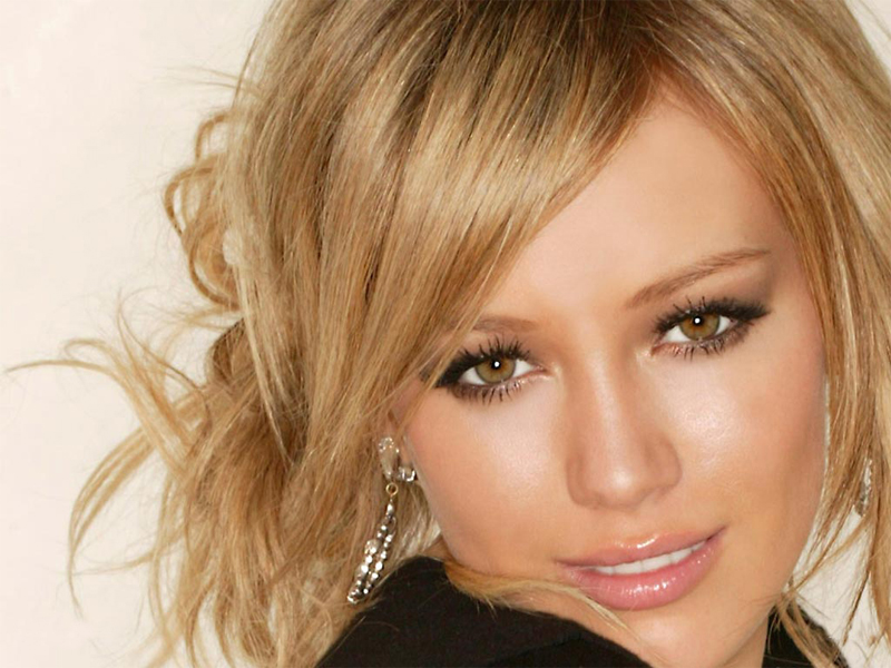 صور النجمه هيلاري داف Hilary-Duff-hilary-duff-58649_800_600