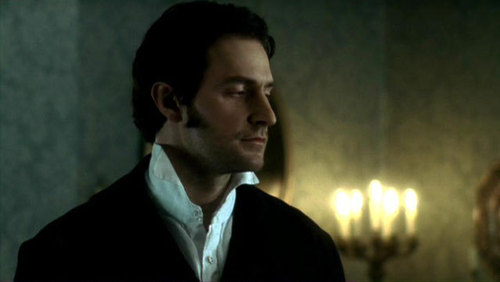 Inglesitos guaperas y qué personaje de histórica serían Richard-in-North-and-South-richard-armitage-590146_500_282