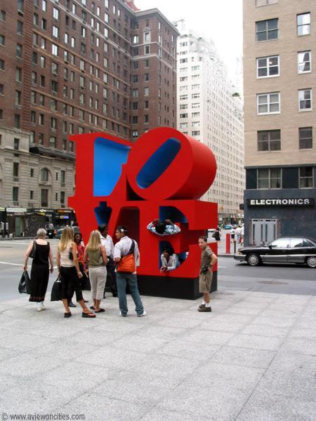 Hoy google se ha superado The--Love--Sculpture-new-york-354123_450_600