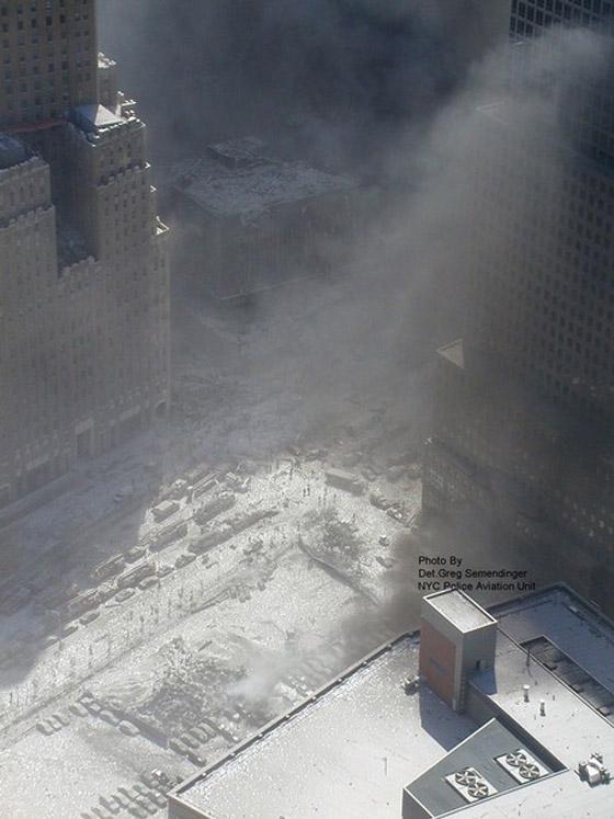 صور سقوط برج 11 سبتمبر Sep2