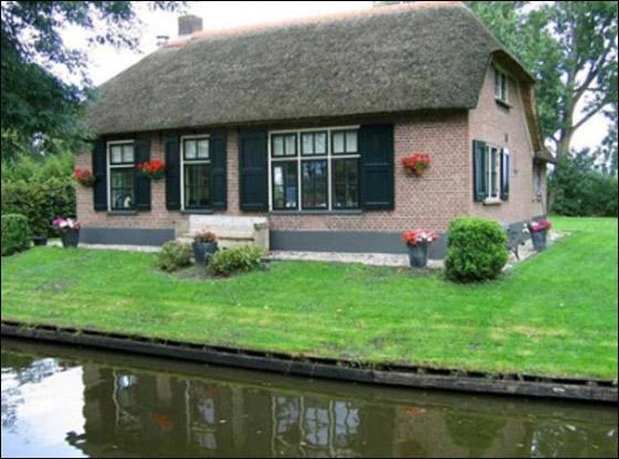 رحلة لقرية هولندية سااااااااحرة Holland_3