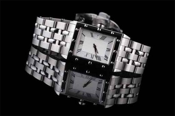 للرجال.. تشكيلة رائعة من ساعات اليد!!  Moda11