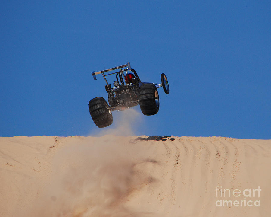 barre de direction mini z buggy  Dune-buggy-jump-grace-grogan