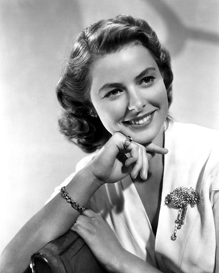 Ingrid Bergman  Ingrid-bergman-portrait-everett