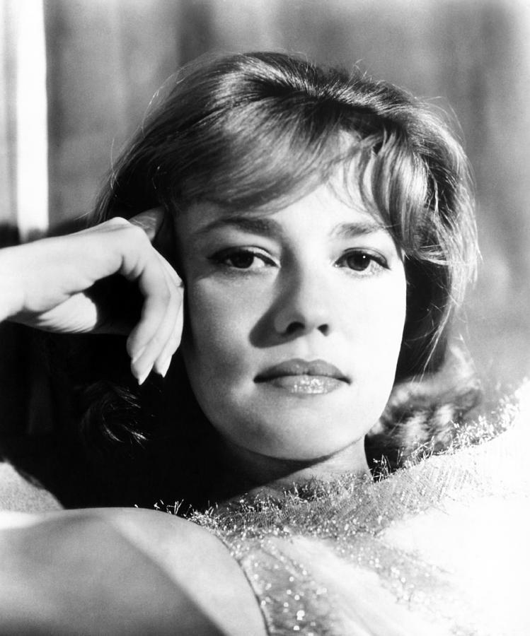 Talentovane i lepe - francuske glumice - Page 3 The-victors-jeanne-moreau-1963-everett