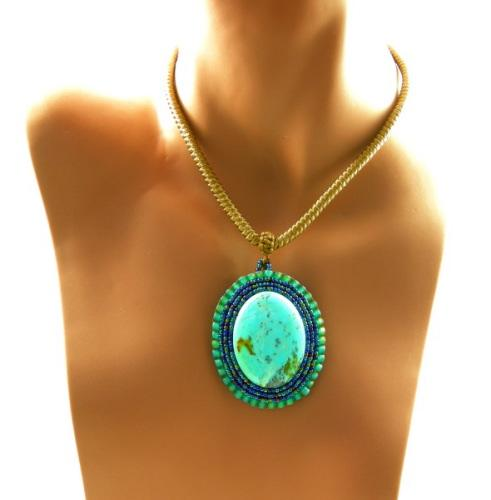 RIMES EN IMAGES - Page 2 3fine-design-turquoise-beaded-cabochon-tracy-behrends