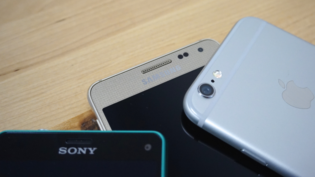 Apple lance son programme de reprise de smartphones Android Comparatif-Xperia-Z3-Compact-Galaxy-Alpha-iPhone-63
