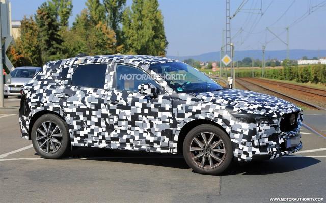 2017 - [Mazda] CX-5 II 2018-mazda-cx-5-spy-shots--image-via-s-baldauf-sb-medien_100564967_m