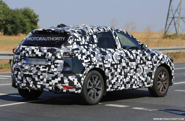 2017 - [Mazda] CX-5 II 2018-mazda-cx-5-spy-shots--image-via-s-baldauf-sb-medien_100564970_m
