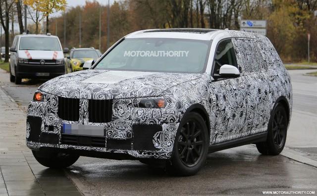 2017 - [BMW] X7 [G07] - Page 6 2019-bmw-x7-spy-shots--image-via-s-baldauf-sb-medien_100581820_m
