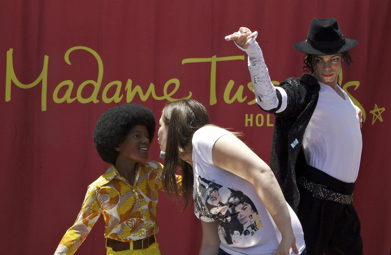 """The Michael Jackson experience"" al Madame Tussauds  - Pagina 2 2011-06-21-AP110620124948"