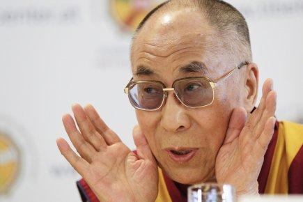 Marche du Dalaï Lama/Lhassa s'enflamme, Pékin l'étouffe - Page 19 504794-dalai-lama-age-76-ans