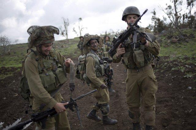 Israel:Economie, contrats d'armements, R&D, coopération militaire.. - Page 14 818588-amnesty-affirme-45-palestiniens-ete