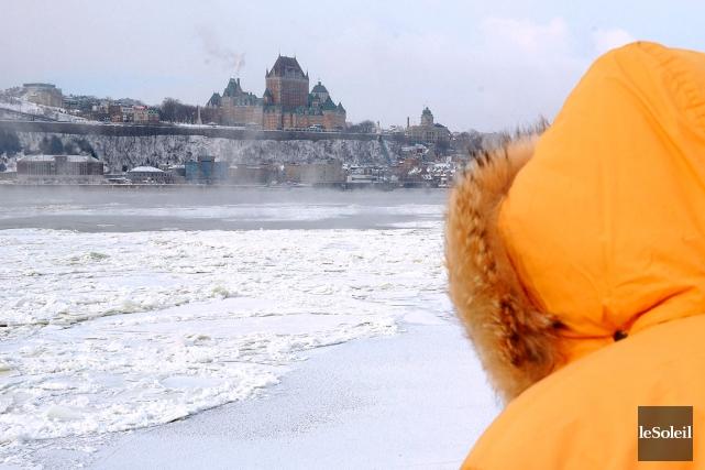 Quand il neige au Canada ça ne rigole pas ! (Vidéo)... 971070-environnement-canada-mesure-temperature-moyenne