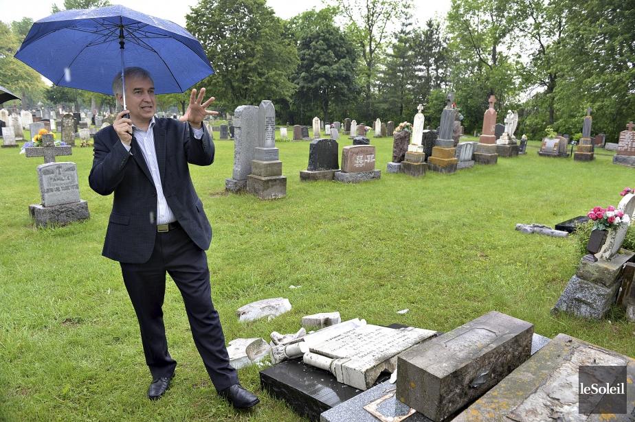 Profanation au salon funéraire et dans les cimetières au Québec 1017918-directeur-general-cimetiere-saint-charles