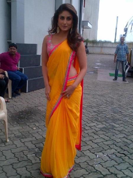 БЕБО - Карина Капур / Kareena Kapoor - Страница 10 Kareena-looks-sexy-saree-sets-indian-idol-heroine-promotion