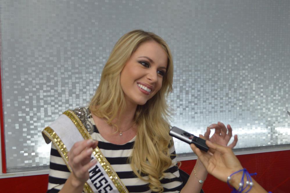 sancler frantz, top 6 de miss world 2013. - Página 5 02modelo998es6_ocv8