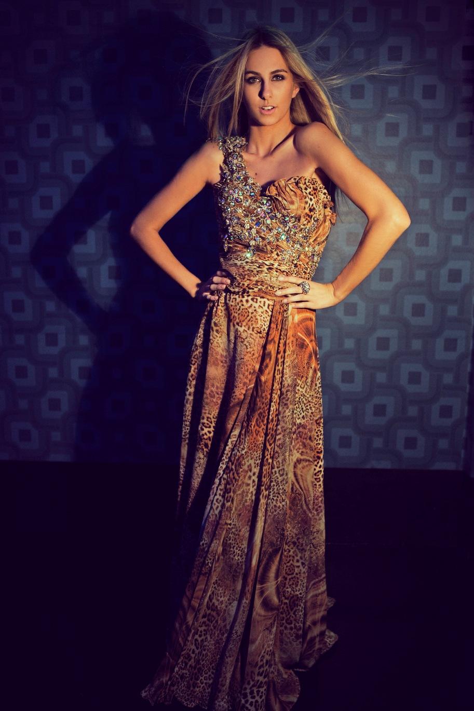 marthina brandt, miss brasil universo 2015. - Página 2 FESTAS-Marthina-Brandt_iyn9