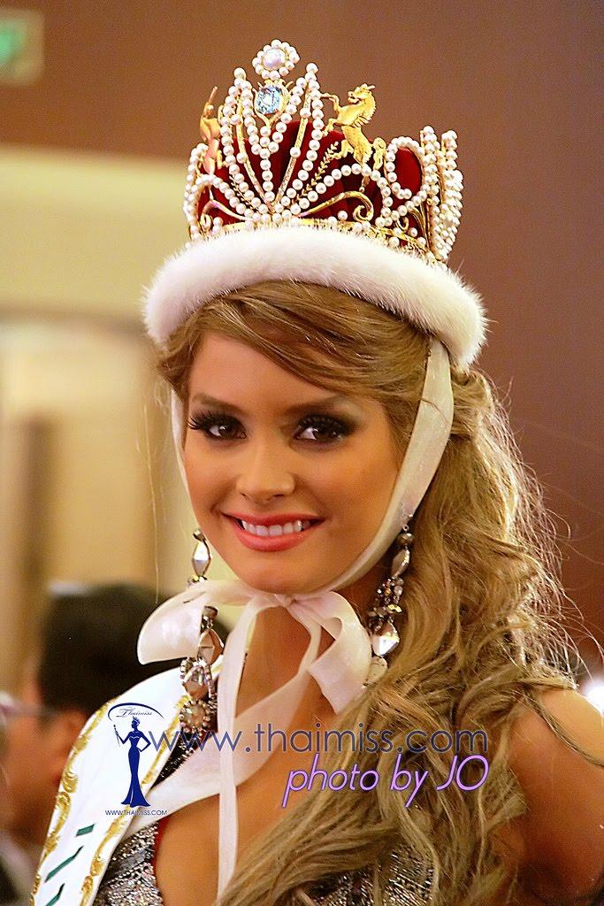 maria fernanda cornejo, miss international 2011. 6431829385_f138126037_b_ddc6