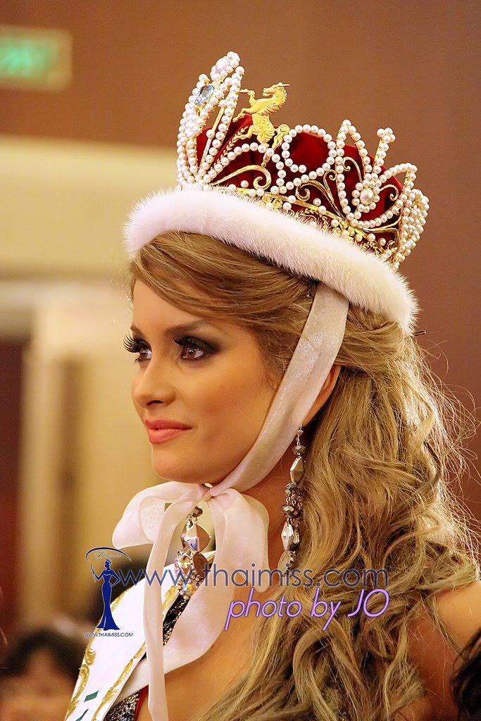 maria fernanda cornejo, miss international 2011. 6431813297_b2b68670a2_b_aia8