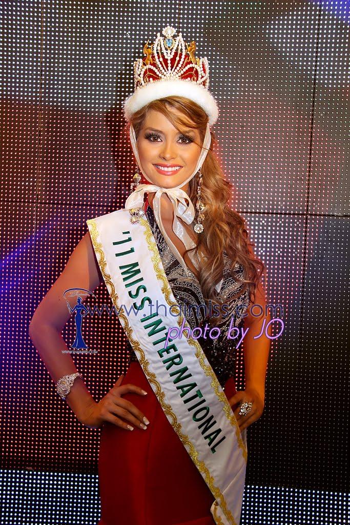 maria fernanda cornejo, miss international 2011. 6442277869_cf2ac81e56_b_bsa8