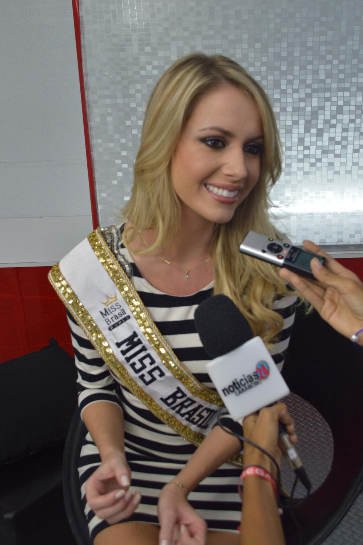 sancler frantz, top 6 de miss world 2013. - Página 5 02modelo998es4_rzt1