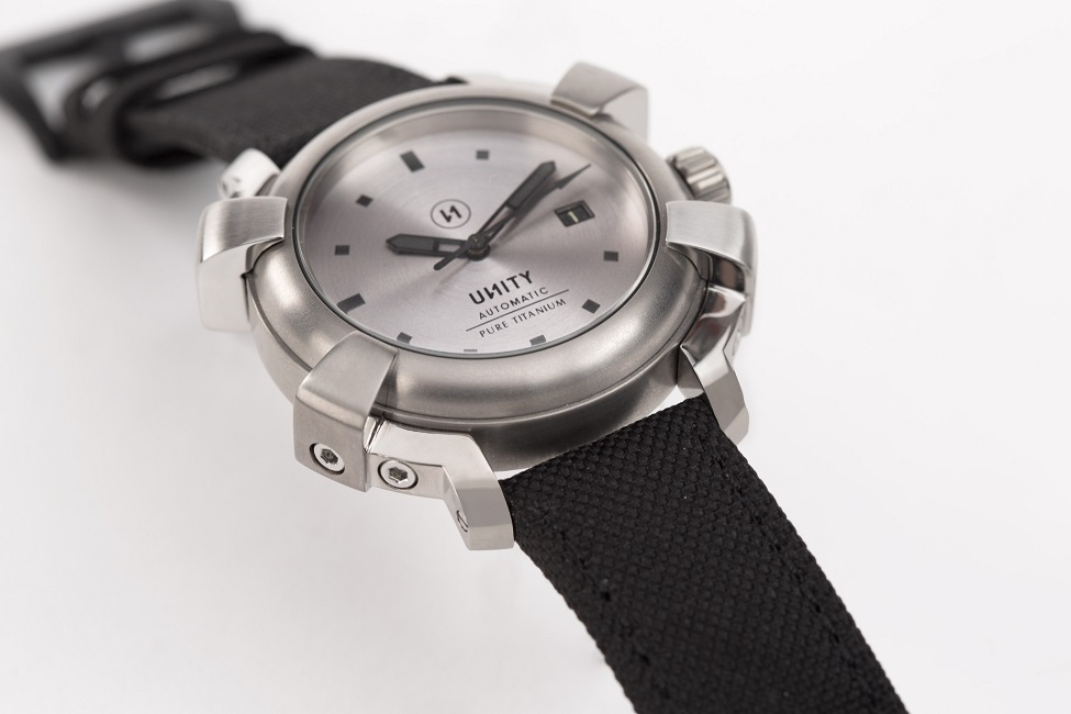 PURE TITANIUM Reloj_de_titanio_resized_ssa7