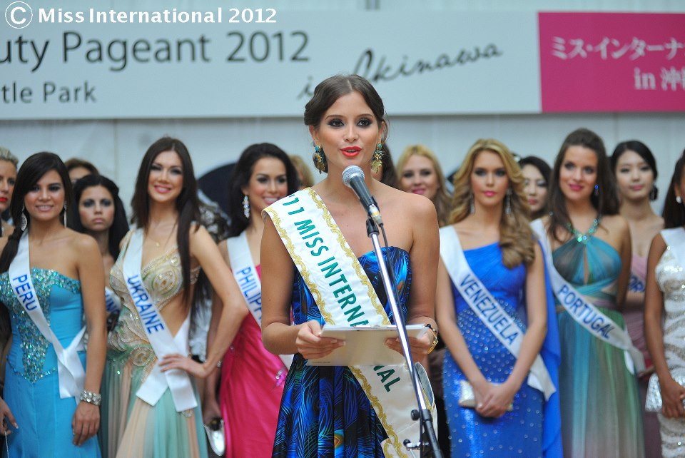 maria fernanda cornejo, miss international 2011. - Página 3 Mafe1_jur9