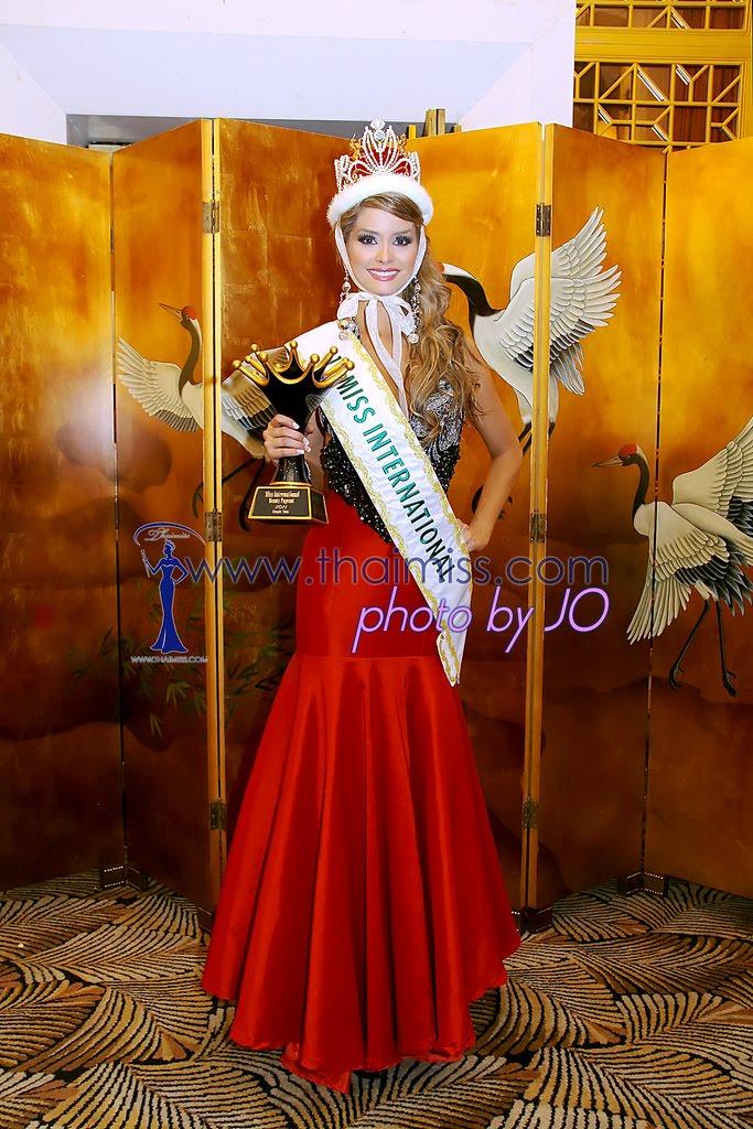 maria fernanda cornejo, miss international 2011. 6442228405_668c4dc70d_b_ayi6