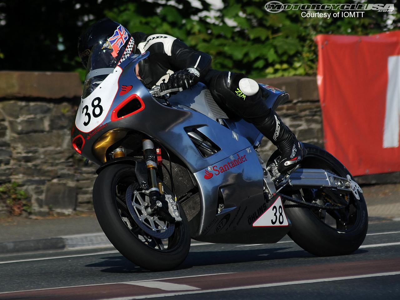Road Races, TT et courses sur route  - Page 2 Daniel-Hegarty