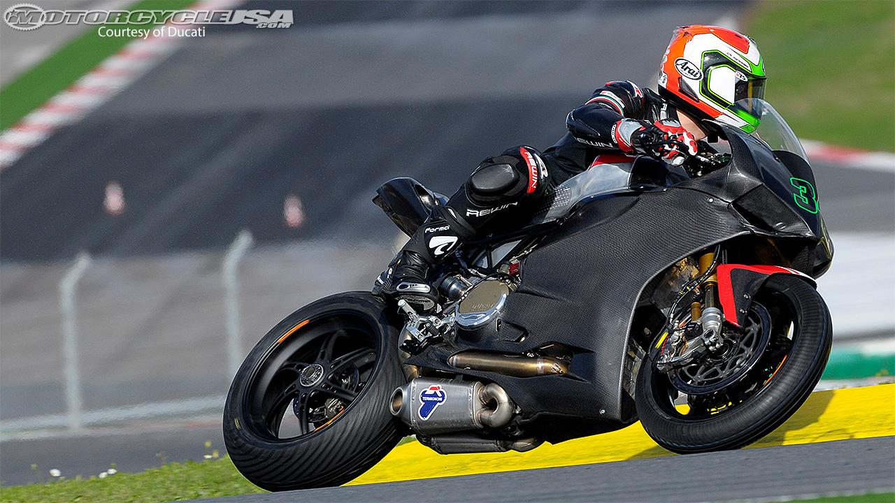 -Mondial WSBK 2014- - Page 2 Ducati-Giugliano-Portimao-Test-2014