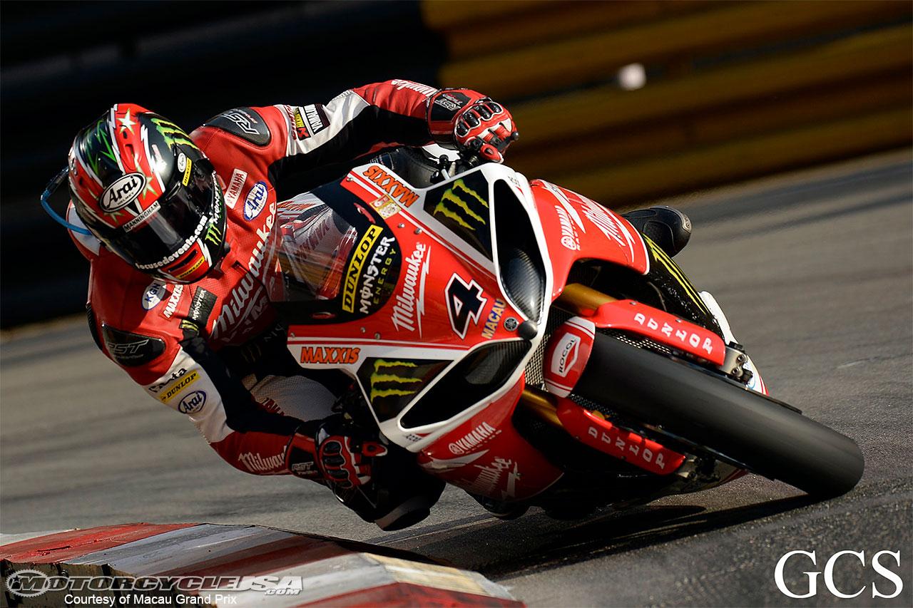 Road Races, TT et courses sur route  - Page 4 Ian-Hutchinson-Macau