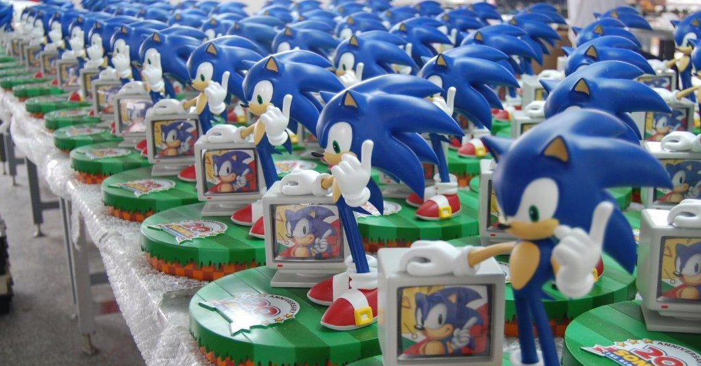 Sonic 20th Anniversay Numbered Statue - 900 pieces. Large