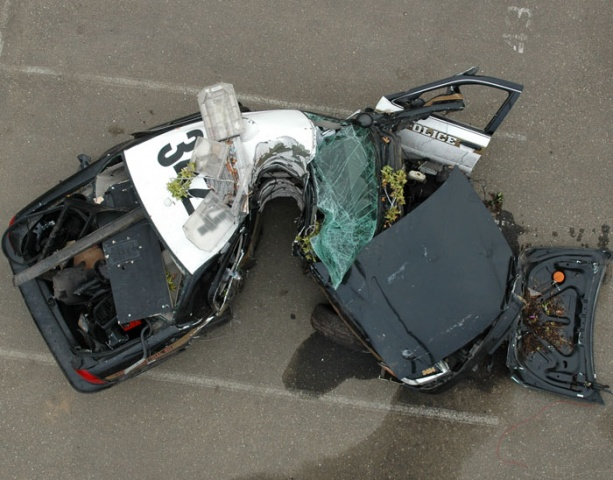 pier bonjour a tous - demande essai secma f16 - svp Police_interceptor_crash