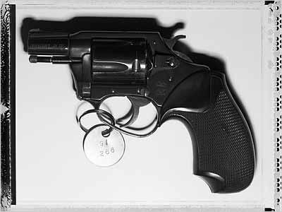 A rodar XXXII - Página 6 Revolver051205_400