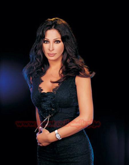 اكبر مجموعة ازياء للفنانة اللبنانية الكبيرة اليسا 18042007-153633-2