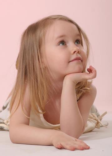 اطفال قمرررر 20072006-190053-0