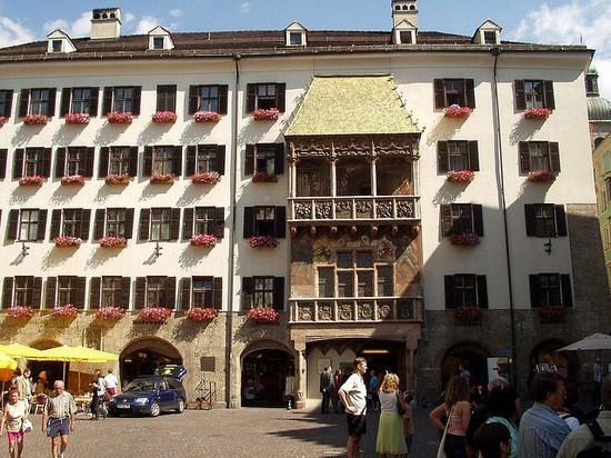 La ville de Martin du 11 Mai trouvée par Ajonc 42581_innsbruck_goldenes_dachl