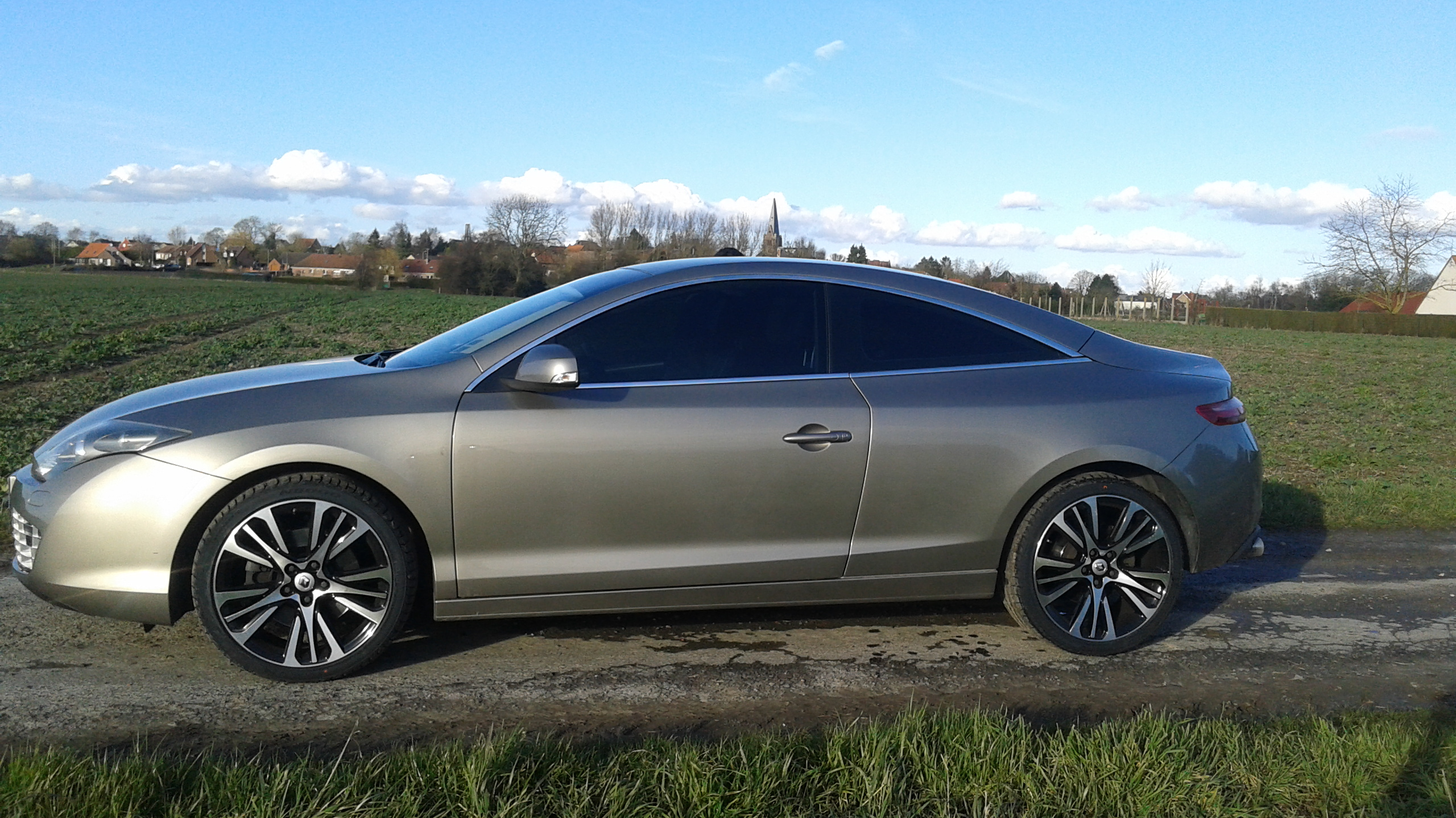 [nathanjo] Laguna III coupé initiale 3.0 dCi 235 - Page 3 20160304170239
