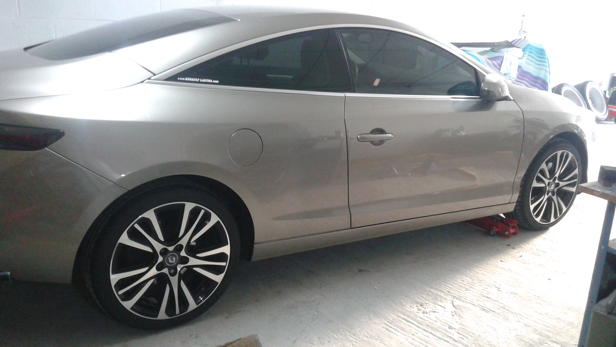 [nathanjo] Laguna III coupé initiale 3.0 dCi 235 - Page 5 20160525201816