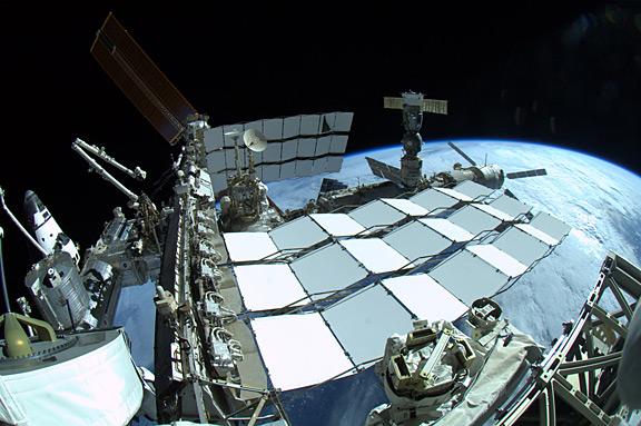 [STS-134] Endeavour: Déroulement de la mission.   - Page 6 Oo307805652