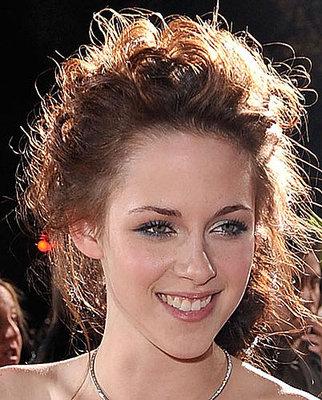 Bella/Kristen 772933730d4ebd0e_twilight-kristen-stewart-makeup.xlarger