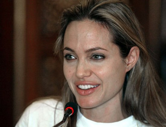 Celebritati- Atunci si Acum - Pagina 3 Angelina_jolie_without.preview